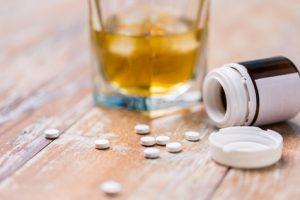 Nie mieszaj leków i alkoholu
