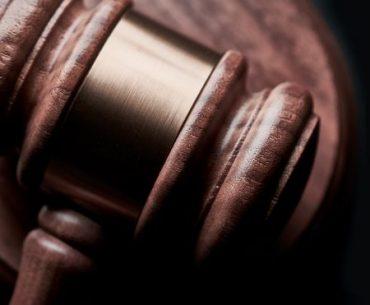 porady prawne przemoc