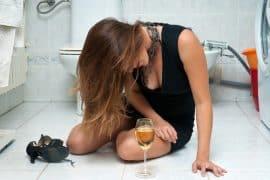 urwany film po alkoholu