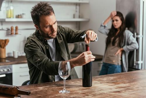 Jak pomóc alkoholikowi wyjść z nałogu?