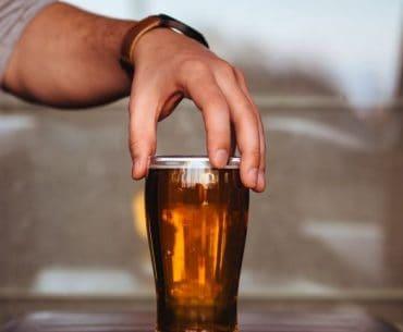 motywy picia alkoholu